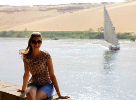 Laura-Egypt-2012-fam-Aswan-2
