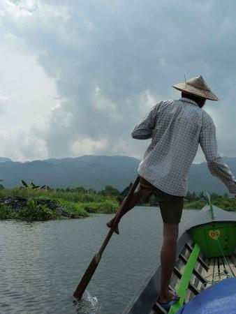 Zelie 2012 Fam, Burma, Man rowing 816