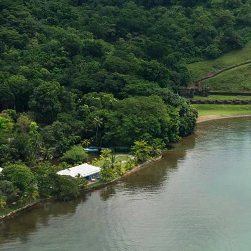 El Otro Lado, Portobelo Bay