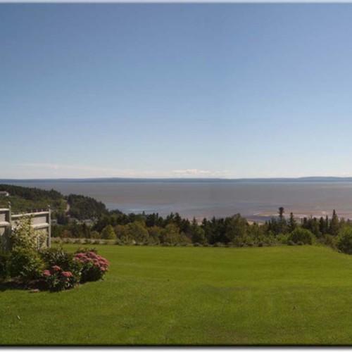 Falcon Ridge Inn, Fundy Bay