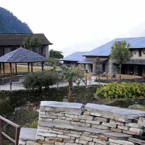 Gurung & Mala Lodge, Majgaun