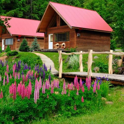 Tweedsmuir Park Lodge, Bella Coola