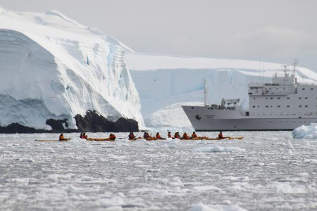 Celebrating-Shackleton-blog,Kyaking-infront-of-the-Ioffe