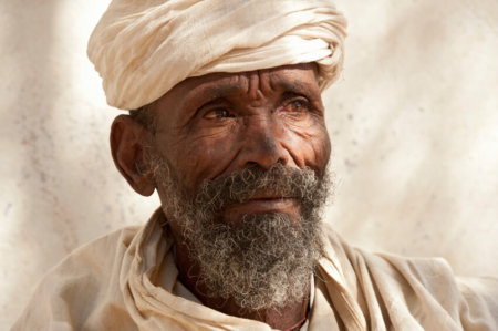 ethiopia-priest-in-tigray-iStock_000015860898Small