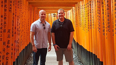 Admiring the Fushimi Inari - Taisha Shrine