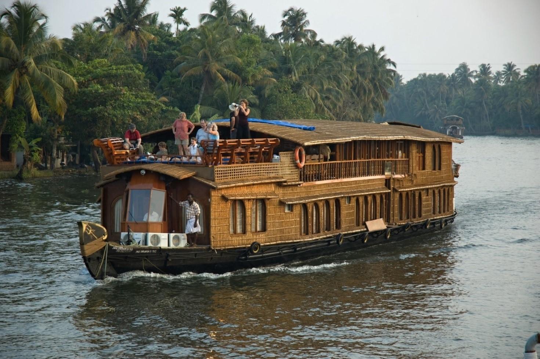 Cruising the Kerala Backwaters