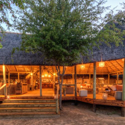 Dinaka, Central Kalahari Game Reserve